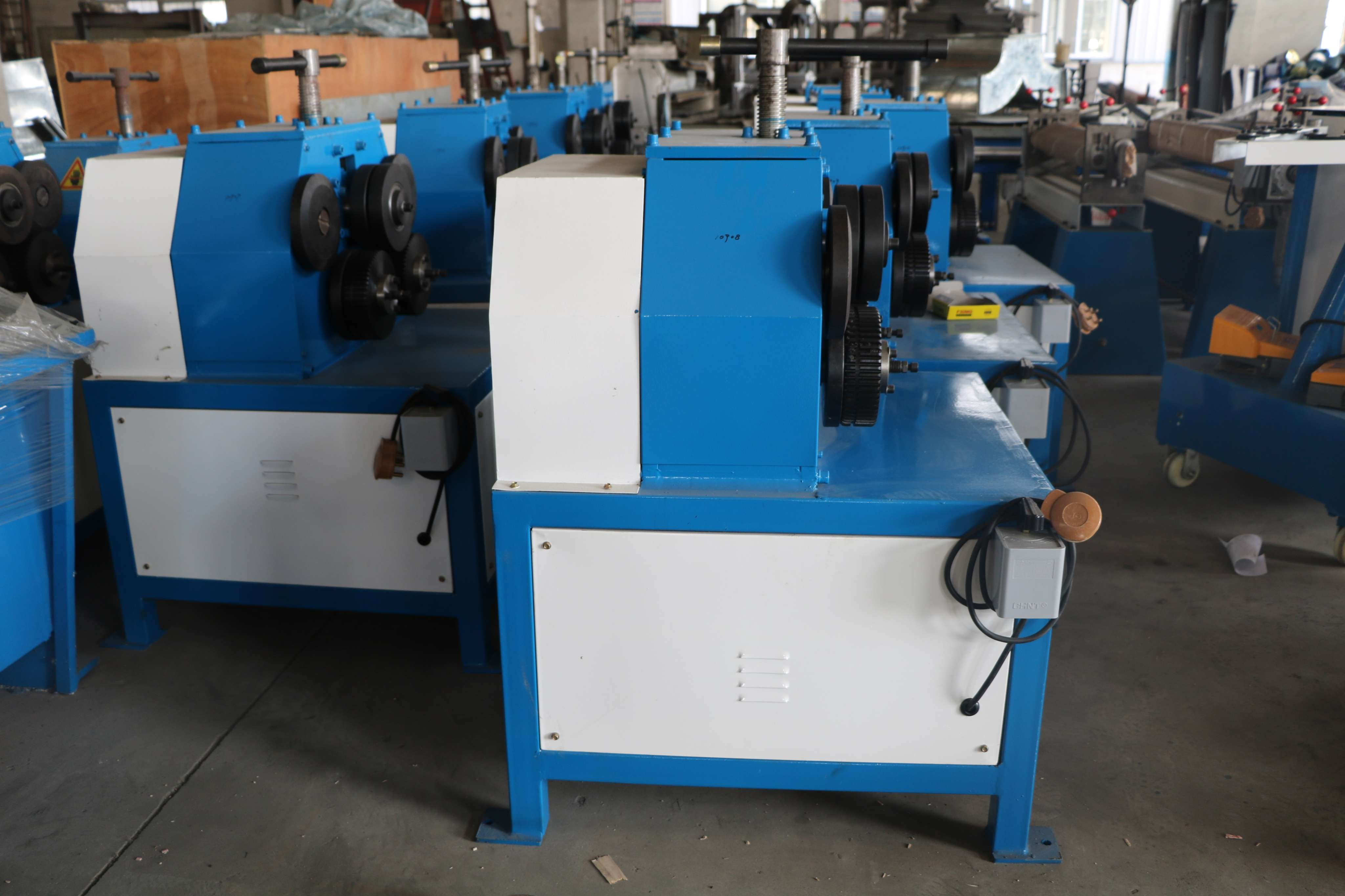 H Iron Manufacturers Mail: Angle Iron Rolling Round Machine